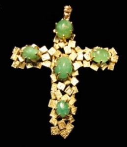 Vintage gold and jade pendant cross