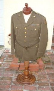 World War II war correspondent army uniform
