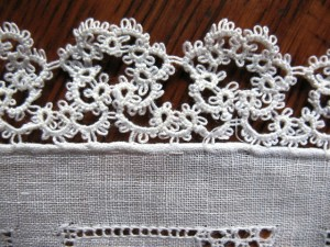 Close-up of the fine tatting on this handkerchief. The fineness of this tatting is typical of pieces from the early 1900s.