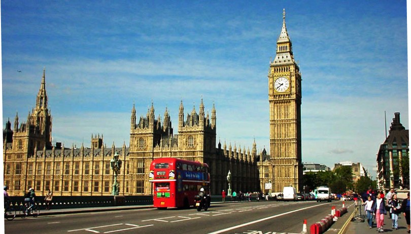 The Big Ben clock tower and the House of Parliment in London, England. Big Ben is one of the iconic images of London and has appears on thousands of collectible items over the last 150 years.