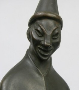 1920-art-deco-clown-closeup