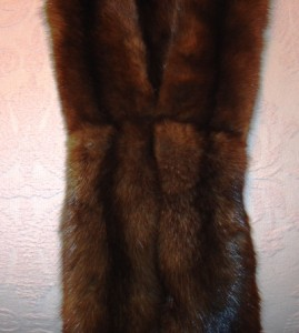 I was rewarded with a perfectly sewn stole with pelts so tight that no amount of pulling would loosen them.