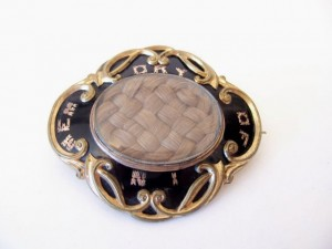 Victorian mourning brooch with braided hair