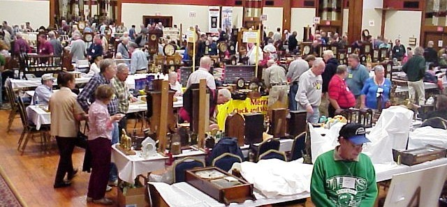The crowd at the recent National Association of Watch and Clock Collectors (NAWCC) Watch & Clock Regional Show in Fort Mitchell, Ky., just outside of Cincinnati