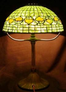 A Tiffany Studios acorn pattern fractured glass lamp.