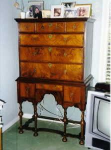 This William & Mary highboy shows the verticality of the new form in the late 17th century.