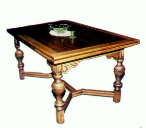 This 1930s table shows the creative redesign of Colonial styles in this Colonial Revival Depression era interpretation of the Jacobean style. This was our new style.