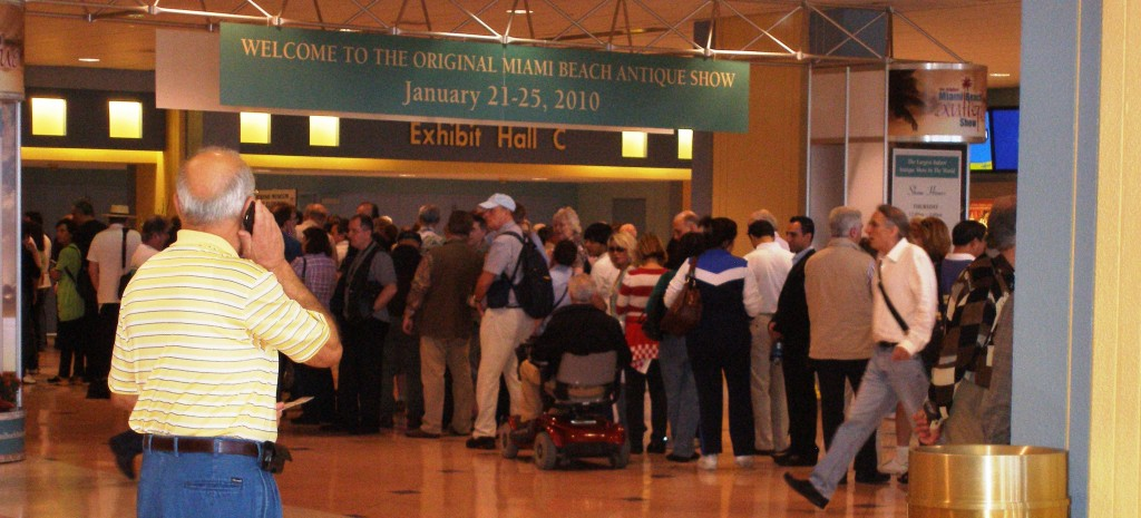 There were lines of people at the doors on opening day of the Original Miami International Antiques Show. So many people, in fact, that show officials were forced to open early to control the crowd. That is a very good sign for all of us dealers.