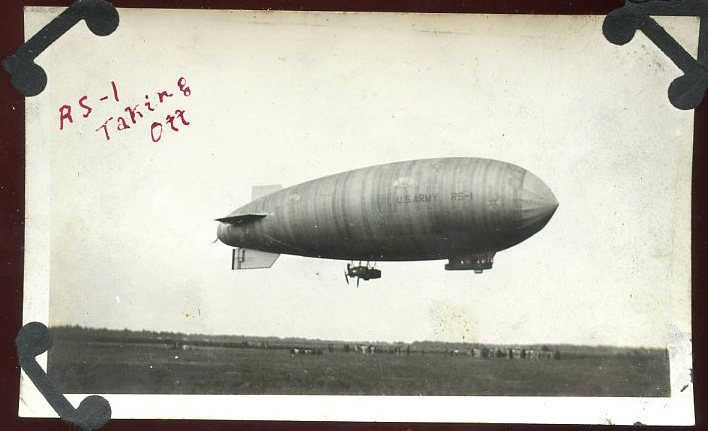 The US Army dirigible RS-1 at Scott Field in Illinois.