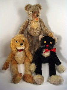 A lulac bear, dog and cat from the 1960s.