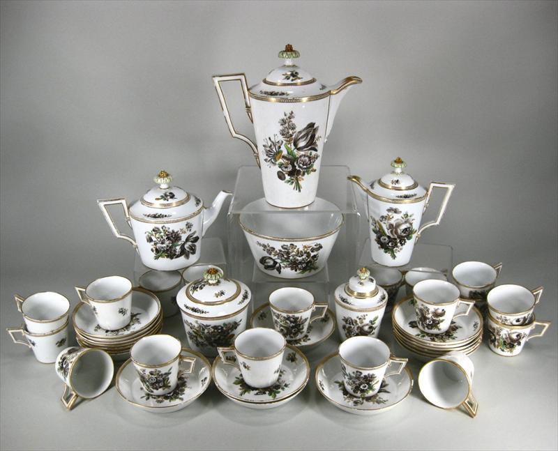A Meissen hand-painted porcelain partial tea service for 18 (Germany, circa 1880-1920).
