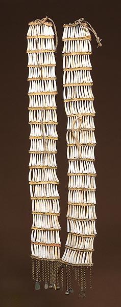 Northern Plains Dentalia Shell earrings.