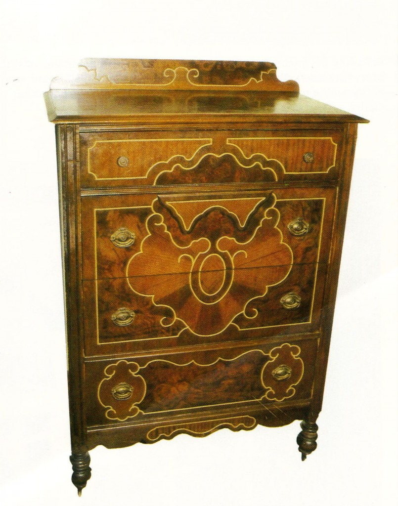 """This """"Borax"""" chest from the 1930s is made of a plain secondary wood that has a fancy finish printed on it."""