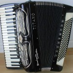 Piano accordion photo 2