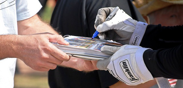 It's that time of year again, when Major League Baseball players prepare for the season at Spring Training. It's also the time baseball fans build their In-Person and Through-the-Mail autograph collections.