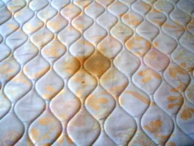 how to clean a dirty stained mattress