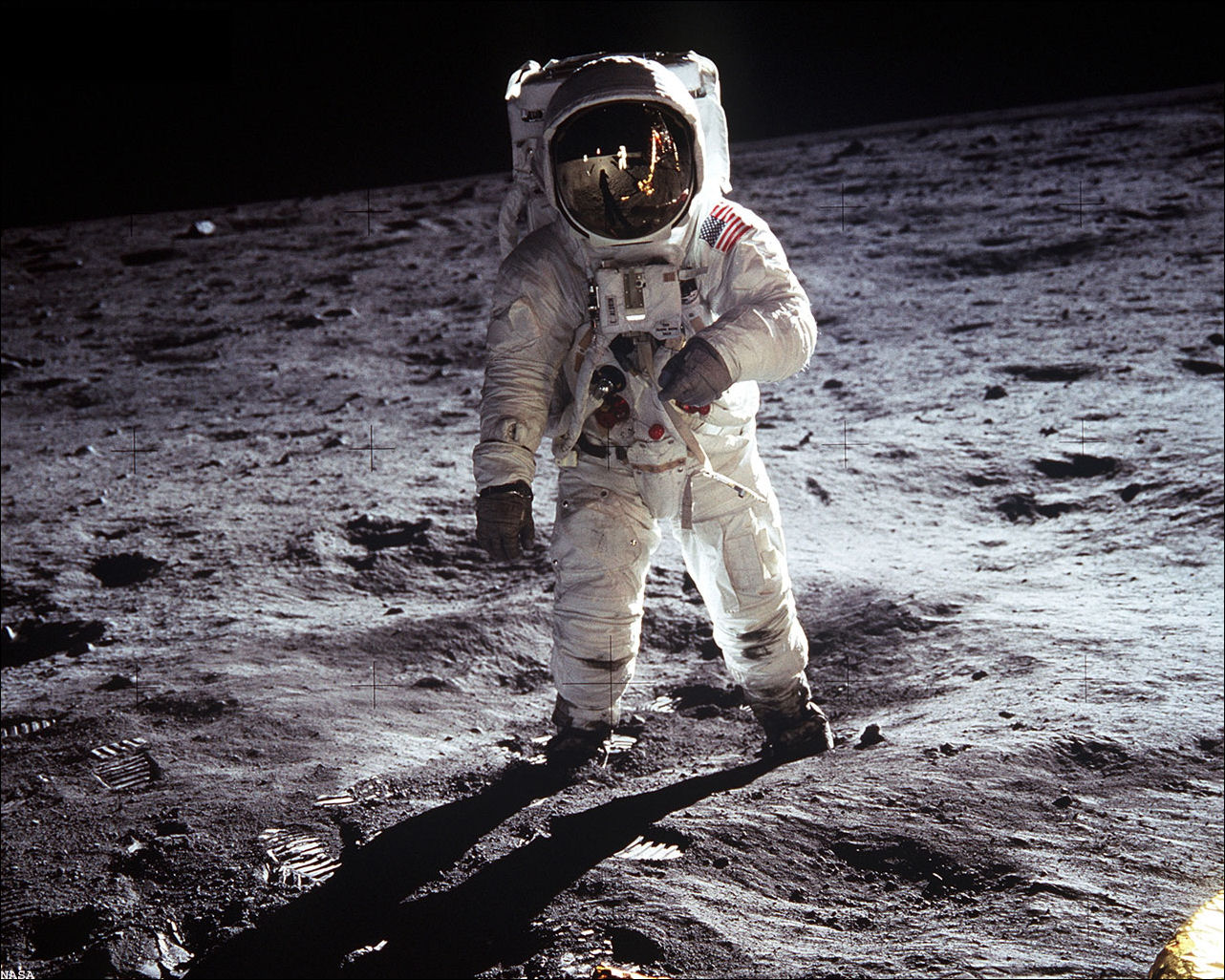 apollo 11 moon landing first step - photo #16
