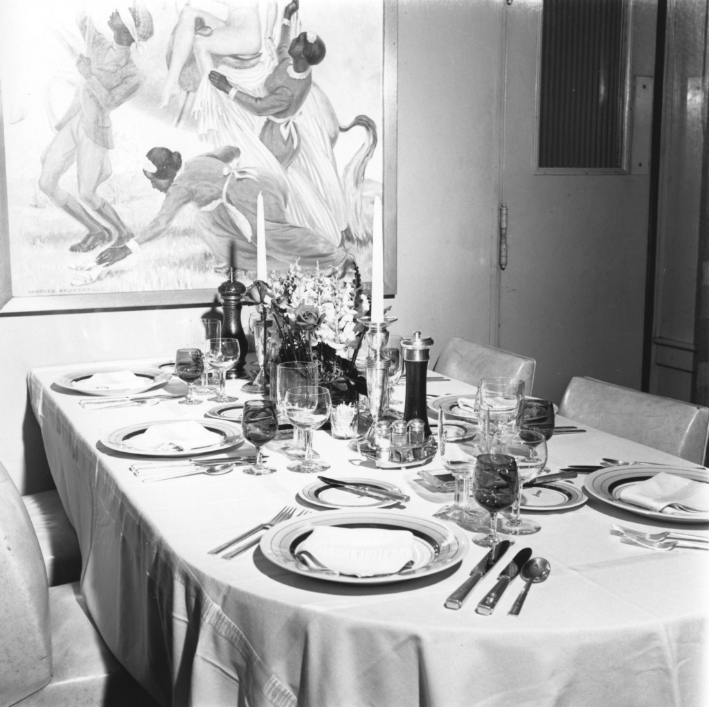 The dining area was modernized by nephew John Ringling North. The table is set for a meal with plates adorned with the Jomar name. (Photo: RMA-Tibbals)