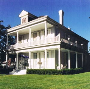 The lifetime collection and estate of the late Zoe Spedale—a socialite, true Southern lady and wife of a world-renowned surgeon, who appointed their spectacular Louisiana home (above) with the finest artwork, furniture and decorative accessories life had to offer, gathered quite literally from around the word—will be sold on Saturday, June 7, by Stevens Auction Company in Aberdeen.