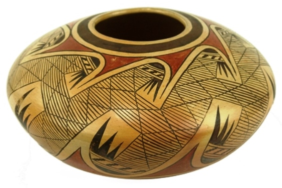 """This thin-walled, polychrome seed pot with """"migration"""" pattern, made by Hopi master Fannie Nampeyo, circa 1971, could hammer for as much as $5,000."""