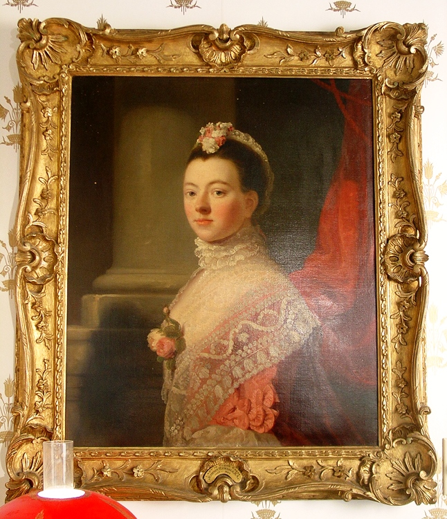 This oil on canvas is a depiction of a duchess in Tudor-period dress by Ramsay Reinagle (1785-1862).