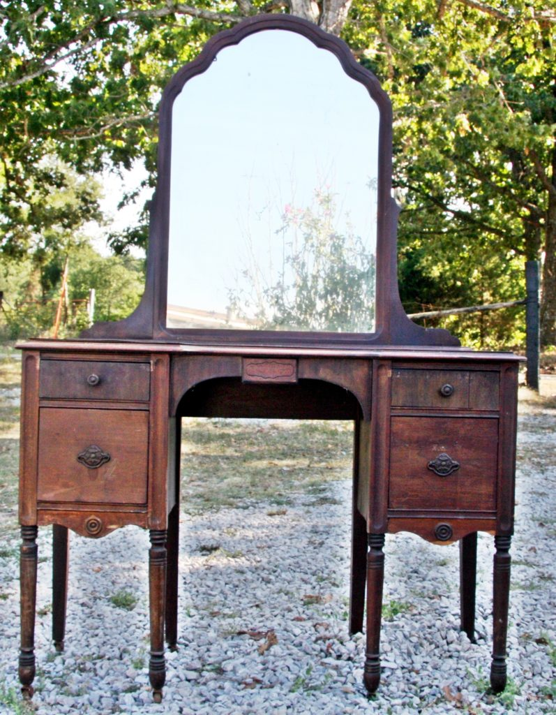Selling Your Vintage Furniture or Not The Unwanted Top